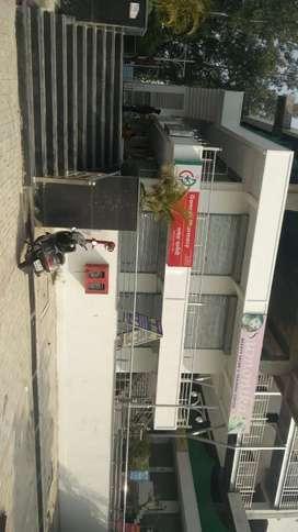500sqft Shop For Rent in Vrindavan Sector-16.