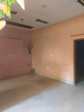2bhk flat for rent park facing with store