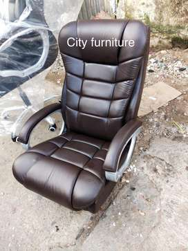 Brand new boss chair ! Office chair ! MD chair free delivery