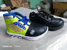 Shoe lot of fresh shoe