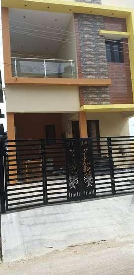 Newly built duplex 3 room house for rental with car park