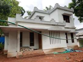 Kuttikattoor - Mundupalam Road 4 Cent 2 Bed New House 35 Lakh
