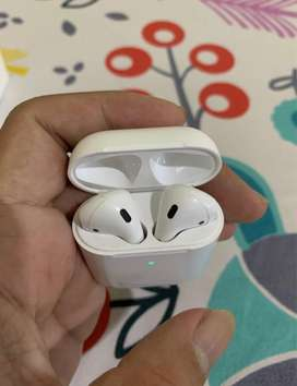 Apple Airpods 2 with Wireless Charging Case iBox