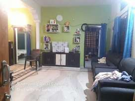 Independent House. 2BHK. Car Parking available. Vandanapuri colony.
