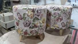 Set of 2 ottoman or stools