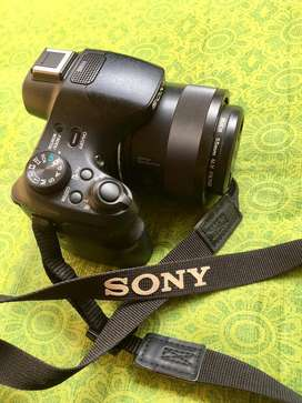 Sony DSC-HX400V. 50X Optical Zoom .Best DSLR Camera
