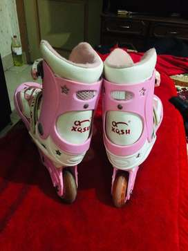 Skates by Ziaoqishi Branded