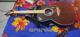Beginner guitar in good condition