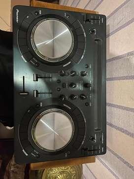 Pioneer DDJ WEGO - 3
