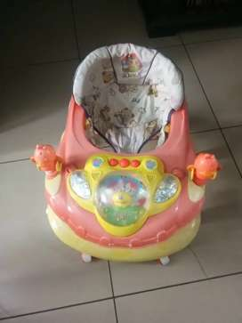 Baby Walker musical in good condition