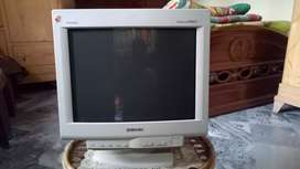 Monitor for sale ( Genuine Sony Trinitron )