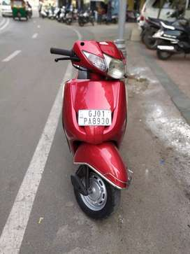 Honda activa well maintained in our showroom available in red color