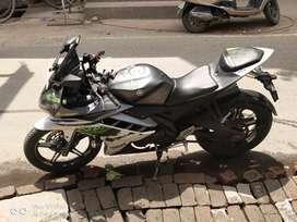 Yamaha R15 V2
