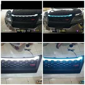 Grill Toyota Fortuner TRD dengan Led Drl 2 warna