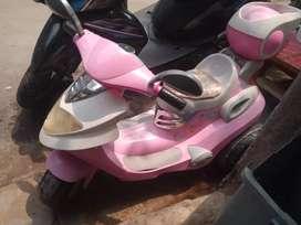 Jual sepeda listrik,model motor anak