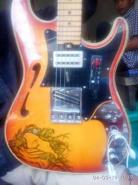 Gitar antik Squier stratasonic with MP3 modified spek dewa
