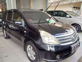 Dijual Nissan Grand Livina XV 2010 AT Dp hanya 15 Jt