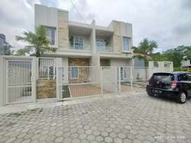 Rumah 2 Lantai Mewah Minimalis Strategis, Hyaat Hotel, SlemanCityHall
