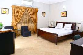 Luxury Inn Guest House (Deluxe Room)
