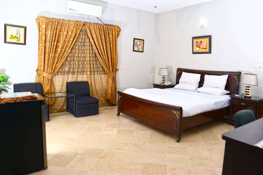 Luxury Inn Guest House (Deluxe Room) 0