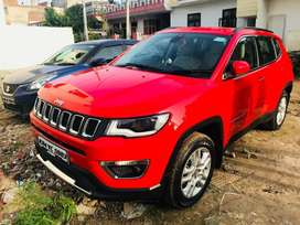 Jeep Compass 4x4 Red color 2017 model Sellling bcz want to buy new car