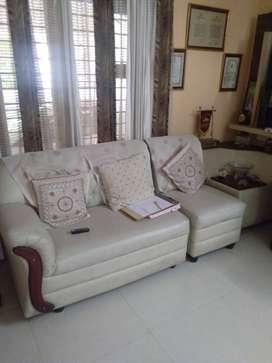 Sofa set 5 seater with corner