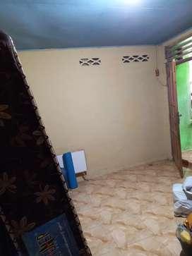 Dikontrakan rumah 1 kamar tidur, 1 kamar mandi, dapur, ruang tamu.