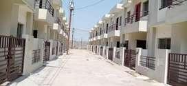 Santoshi Nagar near ready to move house develop area