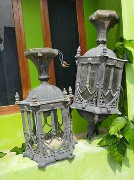Sepasang Kap Lampu Gantung Jumbo Gaya Gothic