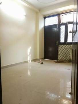 2 bhk builder floor in saket