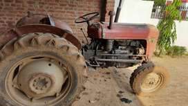 Massy Ferguson  tractor with 1977 model urgent sell