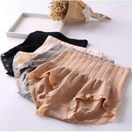 Munafi celana wanita