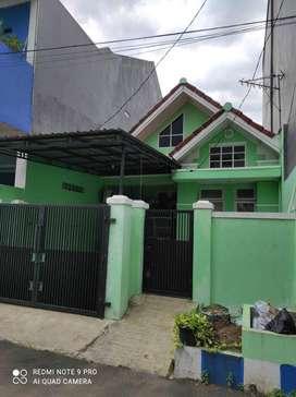 Dijual Rumah di Taman Harapan Baru Bekasi