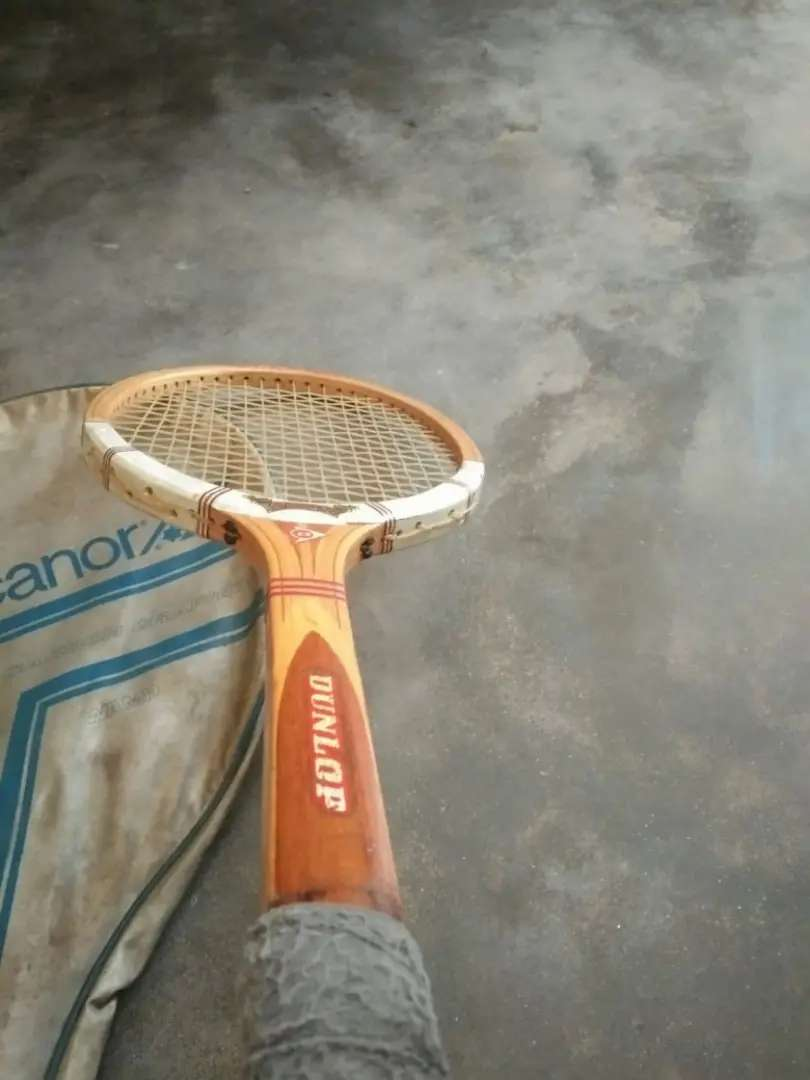 Squash racket for sale