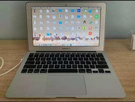 MACBOOK AIR 11inch CANTIK MUNGIL