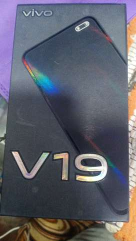 Vivo v19 8gb 128gb Good condition for 4 month old I