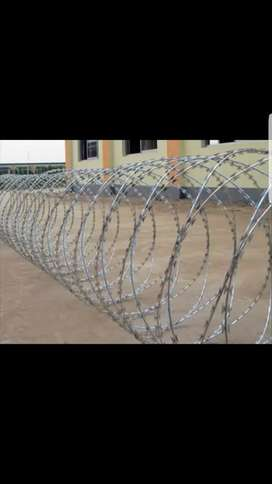 Steel Razer wire barbed wire electric fence