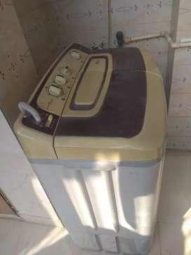 SEMI AUTOMATIC Washing Machine 7.2 kg