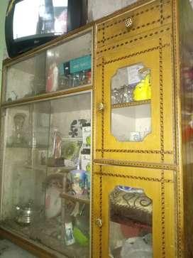 Cupboards for crockery