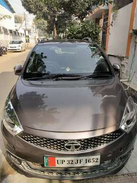 Showroom condition Tata Tiago automatic for sell