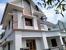 thrissur kuriachira 6 cent 4 bhk posh villa new
