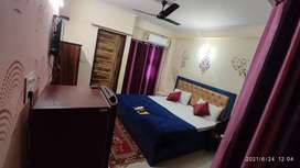 Sharing Room's available in crossing republik Ghaziabad