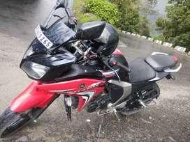 2015 Yamaha Fazer version 2.0 21000 Kms