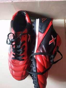 Kinetex shoe