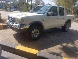 Ford Ranger xlt tertinggi kaleng rawatan pribadi tinggal pake