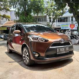 Km 25Rb TOYOTA SIENTA V 1.5 AT 2016 1Tangan dari baru Full Original