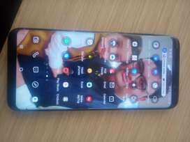 samsung s8 plus in mint condition like new