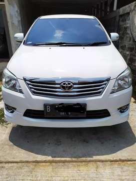 Toyota Inova G luxury 2013 putih
