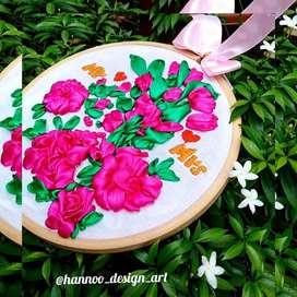 Hoop emproidery gift