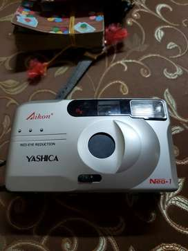Yashica Neo 1 film camera